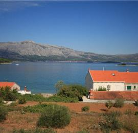 3 Bedroom Stone villa with Pool, Korcula, Sleeps 8