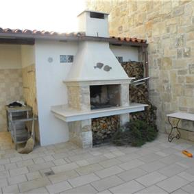 3 Bedroom Stone villa with Pool, Korcula, Sleeps 8-10