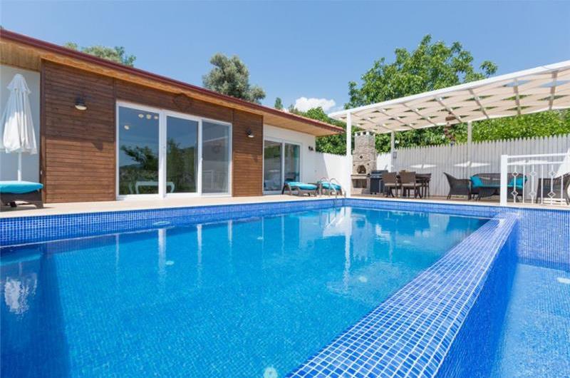 2 Bedroom Villa with Pool in Kalkan, Sleeps 4