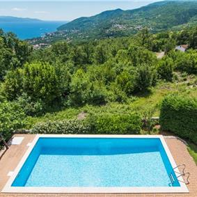 4 Bedroom Villa with Pool and Sea Views near Opatija, sleeps 8