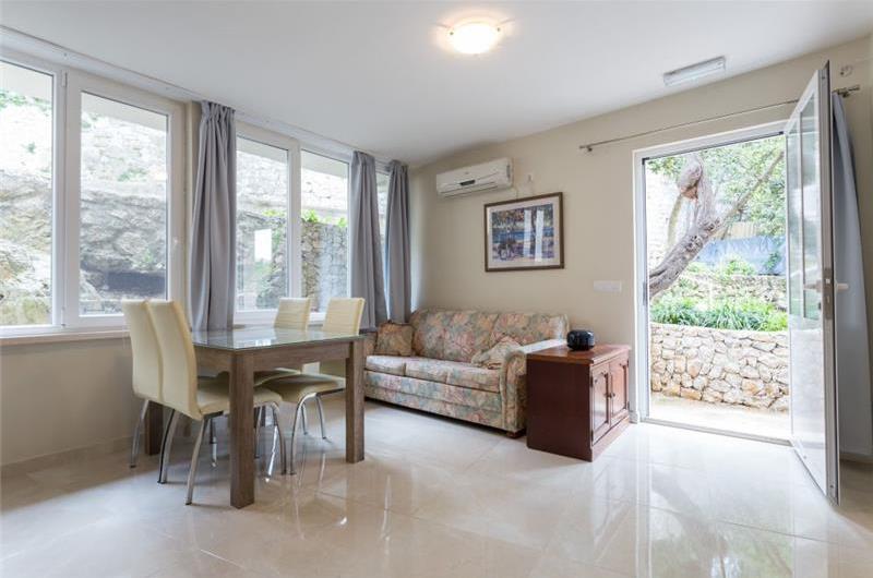 2 Bedroom Apartment in Lapad Bay, Dubrovnik, Sleeps 4
