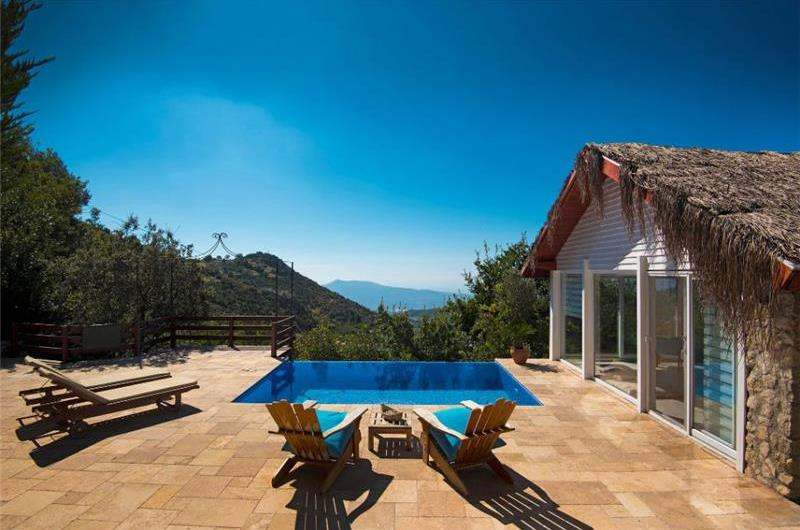 1 Bedroom Villa with Pool in Kalkan, Sleeps 2