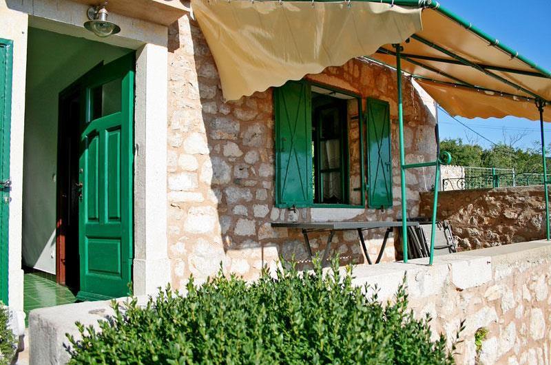2 bedroom Villa with pool near Crikvenica, Sleeps 4