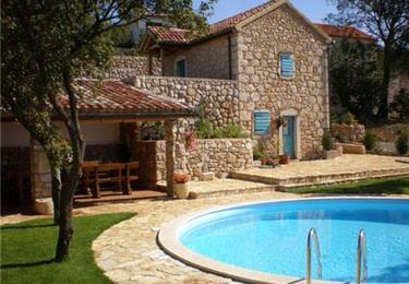 Large Villas to Rent for Family and Group Holidays in Croatia
