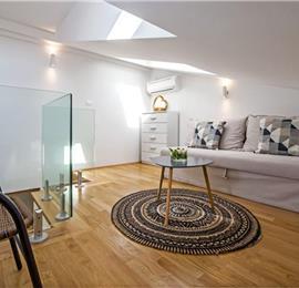 2 Bedroom Townhouse with Terrace in Rovinj, Sleeps 4-6