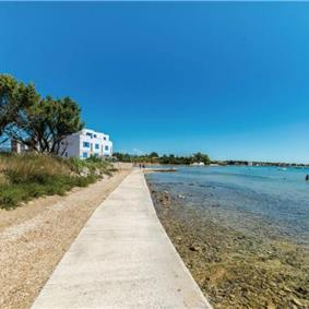 Selection of 4 and 5 Bedroom Villas with Pool or Jacuzzi in Privlaka near Zadar, Sleeps 8-10