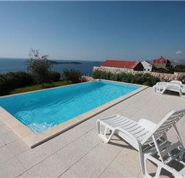 9 Bedroom Villa with Pool and Sea Views in Cavtat, sleeps 18