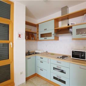 6 Bedroom Villa with Pool in Zadar, Sleeps 12 - 16