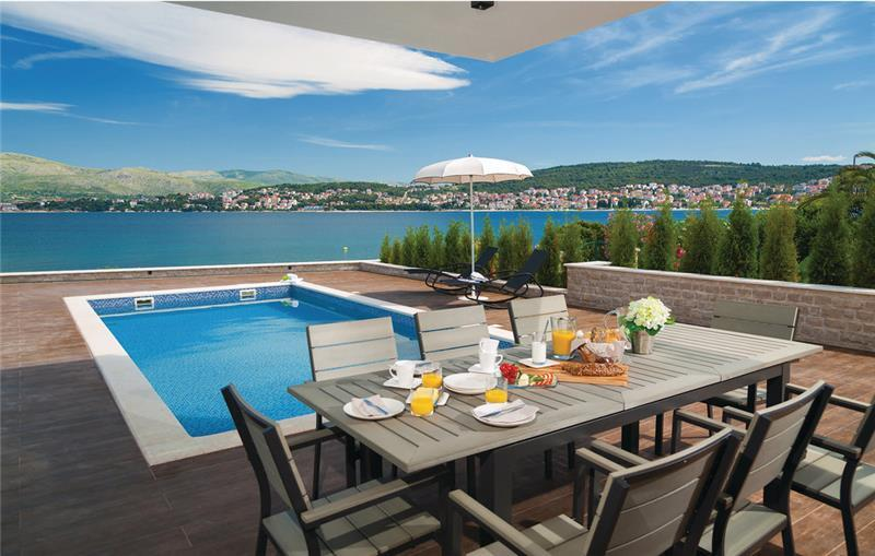 6 Bedroom Beachfront Villa with Indoor and Outdoor Pools on Ciovo Island near Split, Sleeps 11