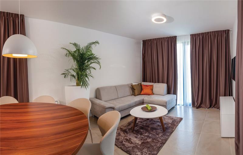 6 Bedroom Beachfront Villa with Indoor and Outdoor Pools on Ciovo Island near Split, Sleeps 11