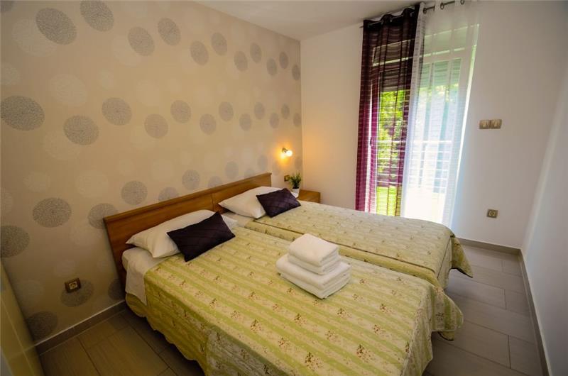 5 Bedroom Villa with Pool near Opatija, Sleeps 10