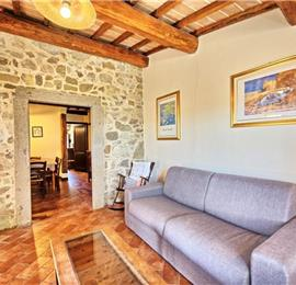 8 Bedroom Villa in Campiglia d'Orcia, Sleeps 16
