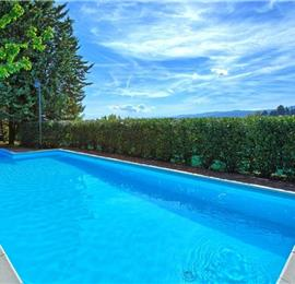 7 Bedroom Villa with Pool near Assisi in Umbria, Sleeps 13-15