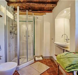 3 Bedroom Villa with Pool near Greve In Chianti in Tuscany, Sleeps 6