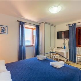 4 Bedroom Seaside Villa on Kolocep Island near Dubrovnik, sleeps 8