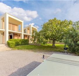 2 Bedroom Villa with Pool near Port D'Alcudia, Sleeps 4