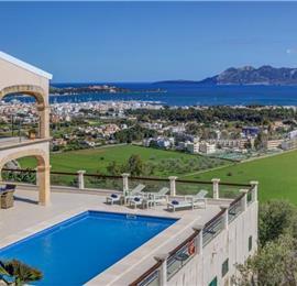 4 Bedroom Villa with Pool near Port de Pollensa, Sleeps 8