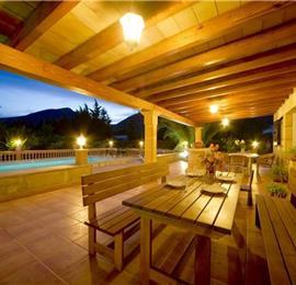 2 Bedroom Villa with Pool in Port de Pollensa, Sleeps 4