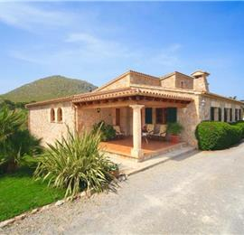 3 Bedroom Villa with Pool in Port de Pollensa, Sleeps 6