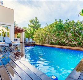 3 Bedroom Villa with Pool in Bonaire, Mallorca, Sleeps 6