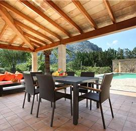 2 Bedroom Villa with Pool in Pollensa, Sleeps 4