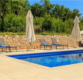 3 Bedroom Villa with Pool in Orasac near Dubrovnik, Sleeps 6
