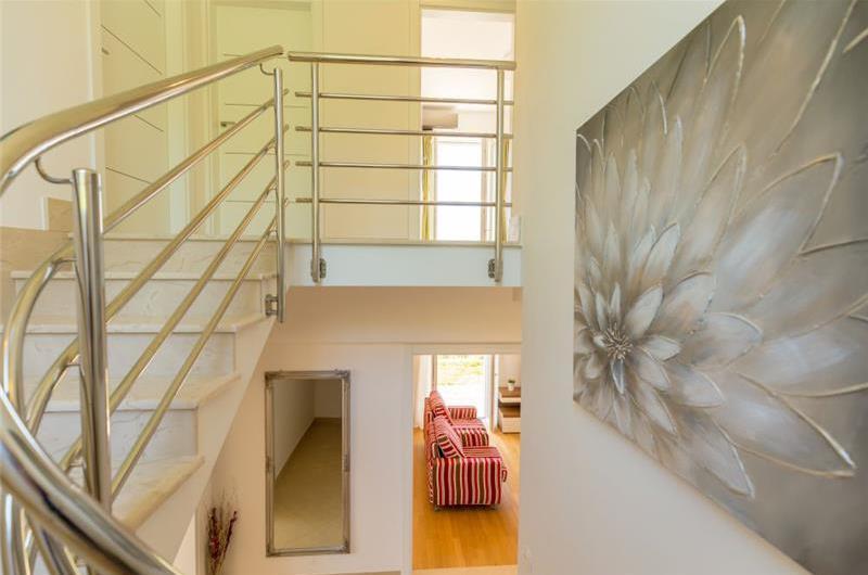3 Bedroom Villa with Pool in Orasac near Dubrovnik, Sleeps 6