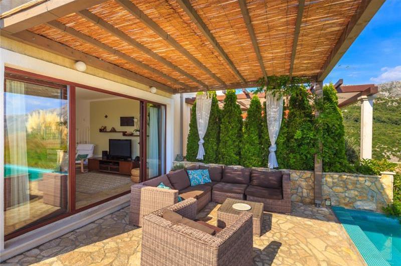 3 Bedroom Villa with Pool in Pobrezje near Dubrovnik, Sleeps 6-8