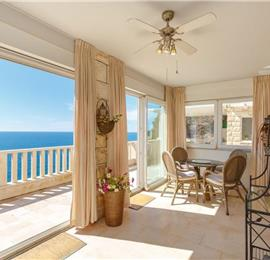 4 Bedroom Villa with Sea Views near Dubrovnik Old Town, Sleeps 7-8