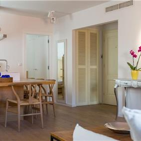 2 Bedroom Apartment in Dubrovnik Old Town, Sleeps 4