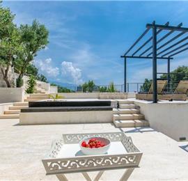 3 Bedroom Villa with Pool near Sumartin on Brac Island, Sleeps 6-8