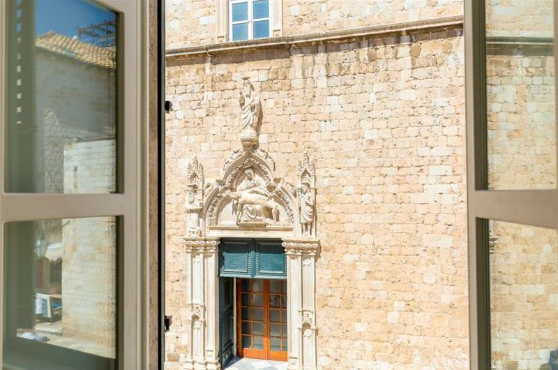 1 Bedroom Apartment in Dubrovnik Old Town, Sleeps 2-4