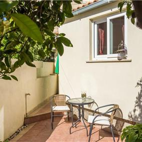 2 Bedroom Apartment with Garden in Babin Kuk, Near Dubrovnik Old Town, Sleeps 2-4
