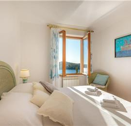 2 Bedroom Apartment with Terrace and Sea Views near Dubrovnik Old Town, Sleeps 4-6