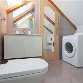 1 Bedroom Apartment with Balcony in Dubrovnik Old Town, Sleeps 2-4
