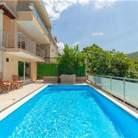 Studio Apartment with Private Pool near Dubrovnik City, Sleeps 2-4