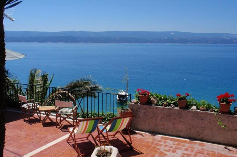 6 Bedroom Seaside Villa in Stanici near Omis, Split Riviera, Sleeps 14