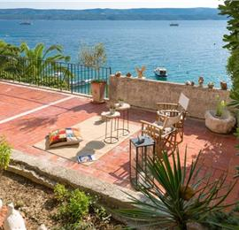 6 Bedroom Seaside Villa with 2 Bedroom Beach Annexe in Stanici near Omis, sleeps 12-16