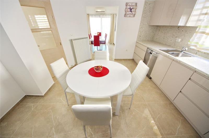 4 Bedroom Villa with Pool in Zadar, Sleeps 8