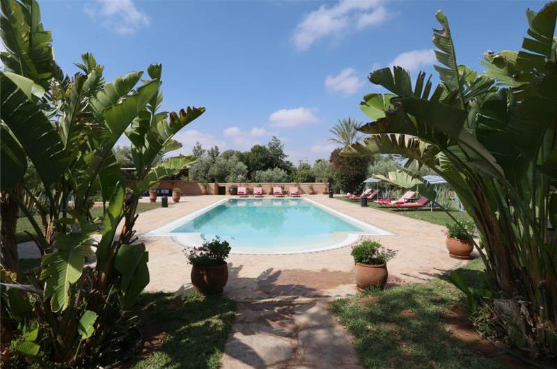 4 Bedroom Villa with Pool near Marrakech, Sleeps 8-10