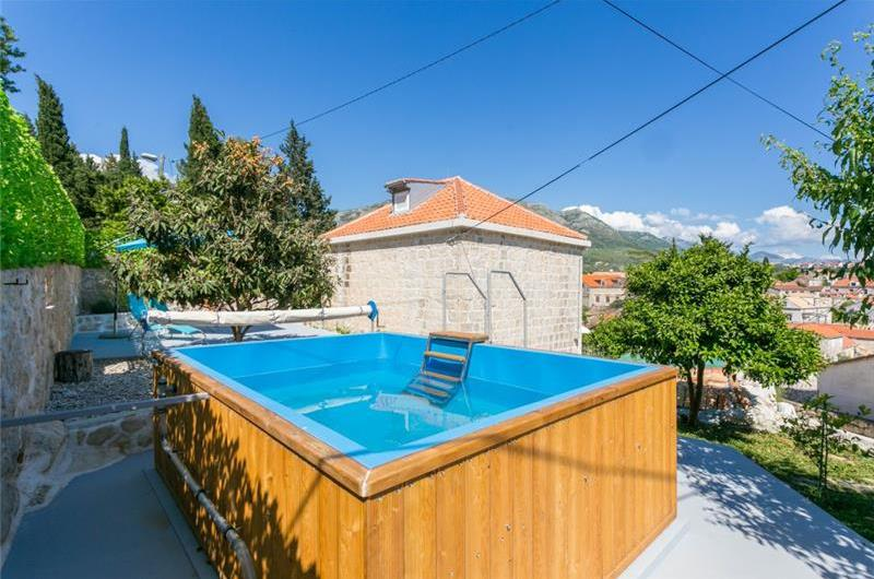 2 Bedroom Villa with Plunge Pool and Terrace in Cavtat, Sleeps 4-6