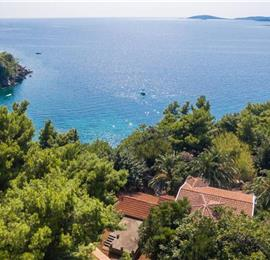 5 Bedroom Beachfront Villa near Orebic, Sleeps 10-12
