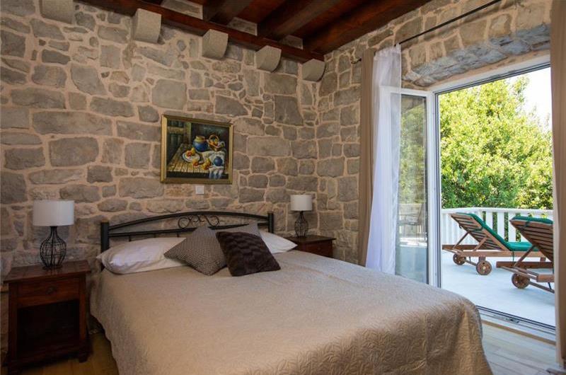 4 Bedroom Villa with Pool and Terrace in Konavle Valley, Sleeps 8