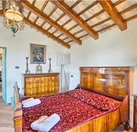 6 Bedroom Istrian Countryside Villa with Pool and Spa near Motovun, Sleeps 12-14