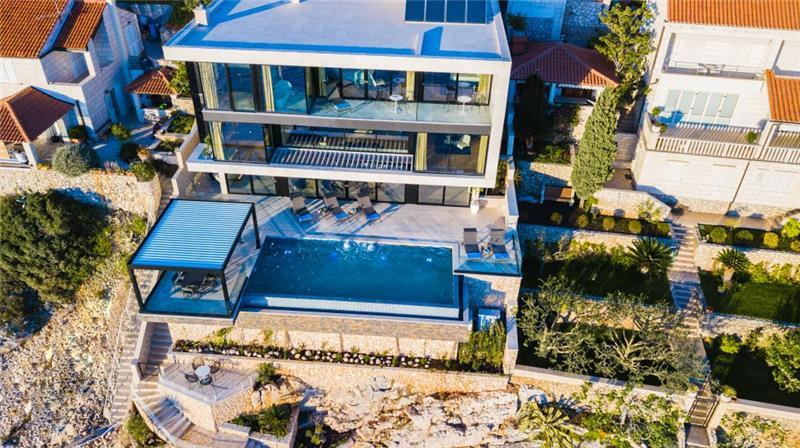 Luxury 6 Bedroom Dubrovnik Beachfront Villa with Infinity Pool, Sleeps 12