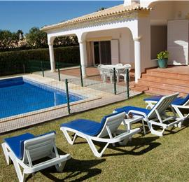 4 Bedroom Villa with Pool in Albufeira, Sleeps 8