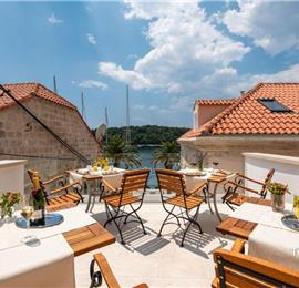 DU266 - Selection of Boutique Rooms along Cavtat Seafront including Breakfast, Sleeps 2-3