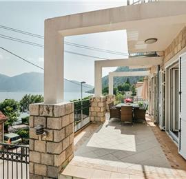 4 Bedroom Villa with Sea Views in Kotor Bay, Sleeps 8-10