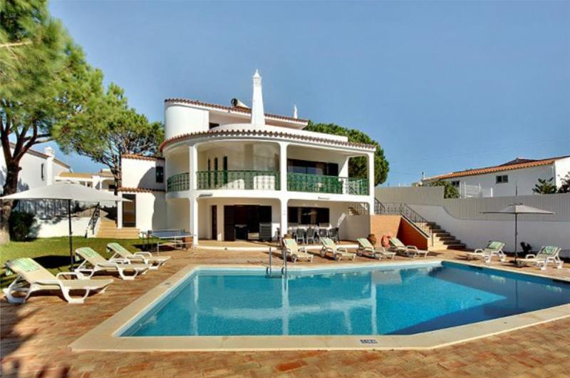 5 Bedroom Villa with Pool near Sao Rafael, Sleeps 10