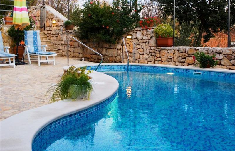 3 bedroom Villa with Pool in Milna on Brac, sleeps 7-9